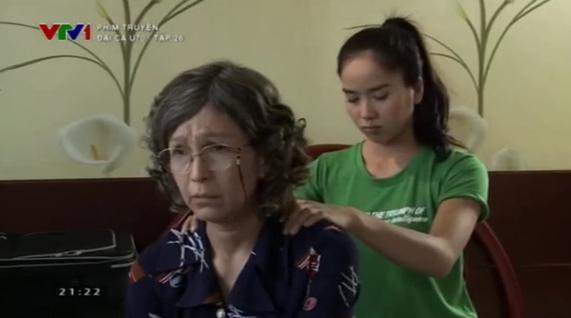 """Diễm My ghen vì """"Đại Ca U70"""" Chánh Tín được phụ nữ lạ nắm tay 5"""