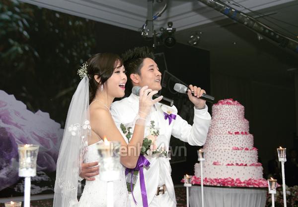 Những đám cưới hoành tráng của các hot girl Việt 71