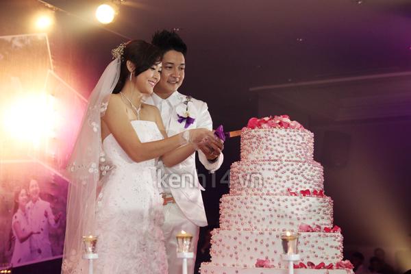 Những đám cưới hoành tráng của các hot girl Việt 73