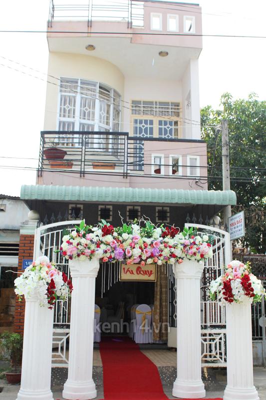 Những đám cưới hoành tráng của các hot girl Việt 77
