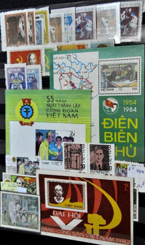 Xúc động cụ ông gần 90 tuổi vẫn miệt mài sưu tầm tem về Hà Nội 2