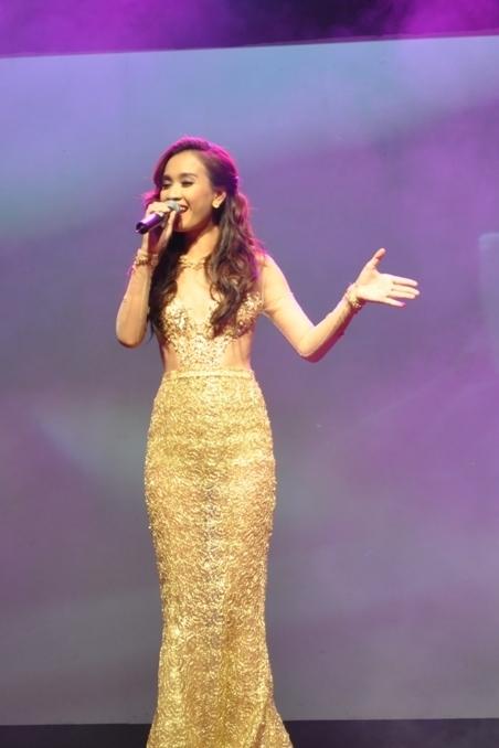 Ái Phương ấn tượng tại Malaysia, Đinh Huy (The Voice) ủng hộ người đồng tính 3
