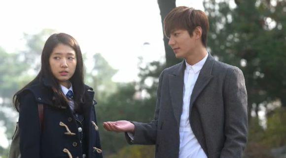Kim Tan phát điên nhìn cảnh tình địch khống chế người yêu  2