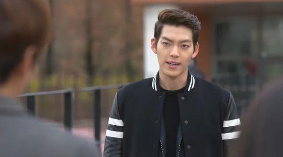 Kim Tan phát điên nhìn cảnh tình địch khống chế người yêu  4