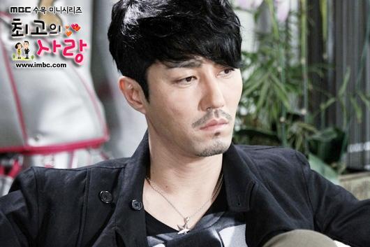 """Điểm mặt thành viên thuộc hội siêu sao """"siêu chảnh"""" trong phim Hàn 7"""