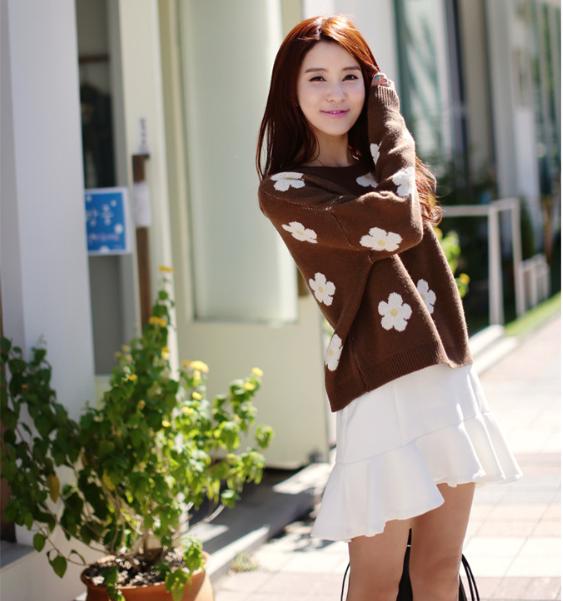 """Mặc xinh ngày se lạnh với """"bộ đôi"""" áo len - chân váy xòe  6"""