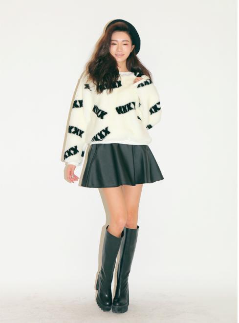 """Mặc xinh ngày se lạnh với """"bộ đôi"""" áo len - chân váy xòe  8"""