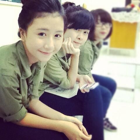 Ngỡ ngàng hot girl Việt giản dị mà cực dễ thương khi mặc quân phục 12