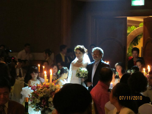 Những đám cưới hoành tráng của các hot girl Việt 2
