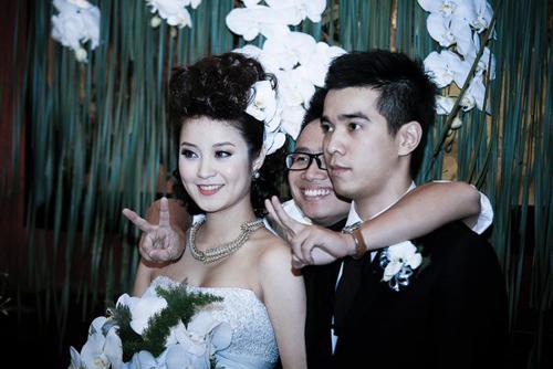 Những đám cưới hoành tráng của các hot girl Việt 14