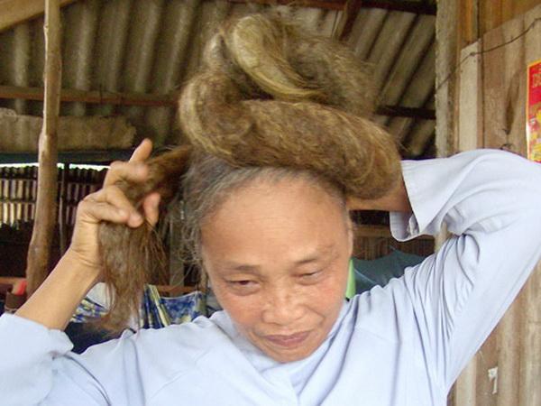 Ngỡ ngàng những mái tóc kỳ dị nhất Việt Nam 7