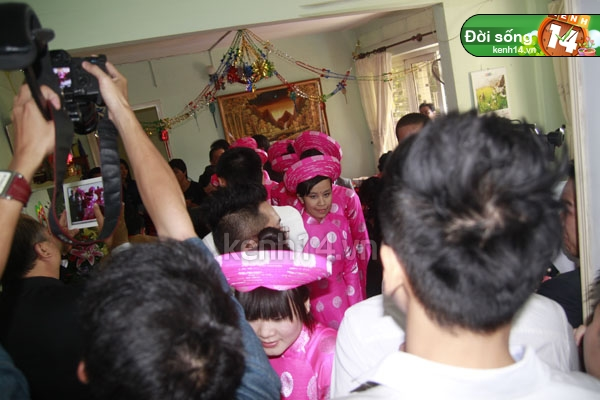 Những đám cưới hoành tráng của các hot girl Việt 30