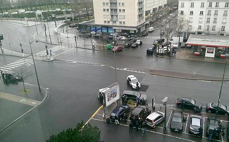 Thủ phạm thảm sát tòa soạn báo và kẻ bắt giữ con tin cùng bị tiêu diệt 17