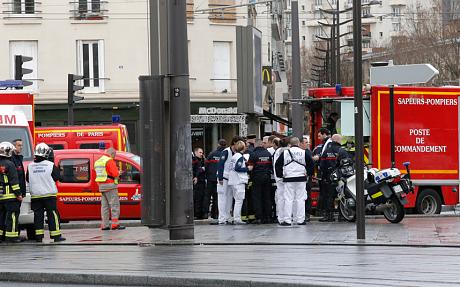 Thủ phạm thảm sát tòa soạn báo và kẻ bắt giữ con tin cùng bị tiêu diệt 9