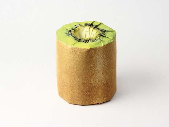 Thích thú với những cuộn giấy vệ sinh có hình trái cây 6