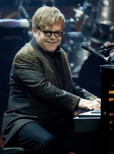 """Top 10 sao âm nhạc có thu nhập """"khủng"""" nhất thế giới năm 2013 8"""