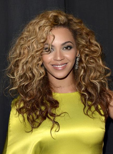 """Top 10 sao âm nhạc có thu nhập """"khủng"""" nhất thế giới năm 2013 9"""