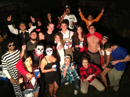 Làm gì trong tối Halloween? 2