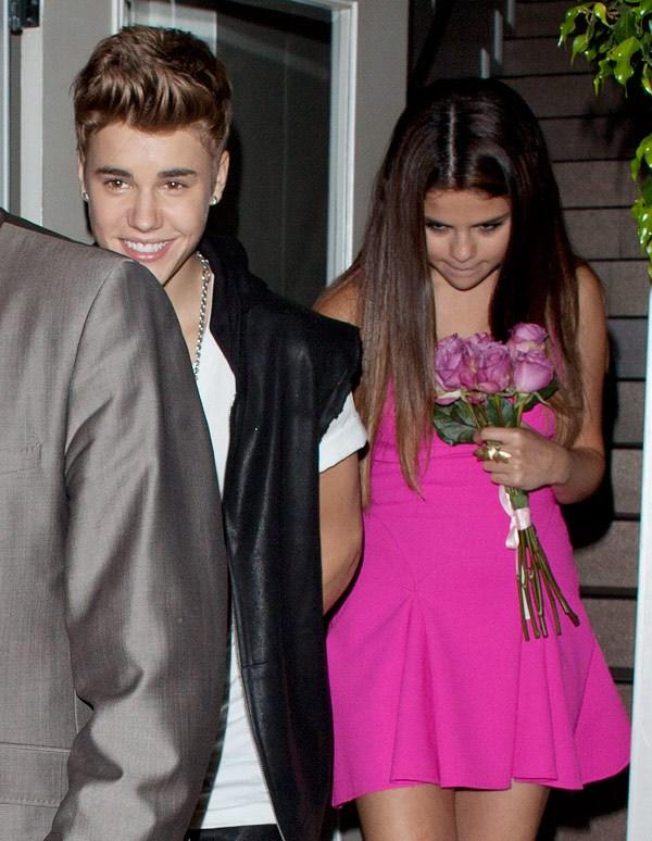 10 điều ngọt ngào nhất Justin Bieber làm cho Selena Gomez 9