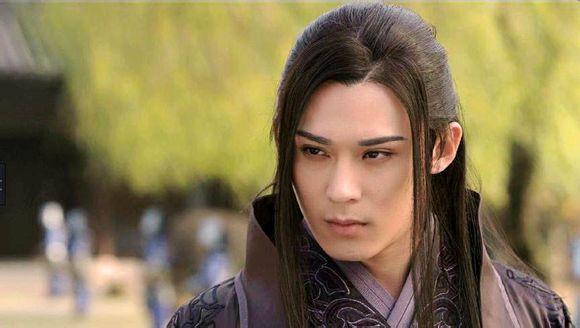 Fan Trung lại phát sốt vì nhan sắc của Lan Lăng Vương xinh gái 6