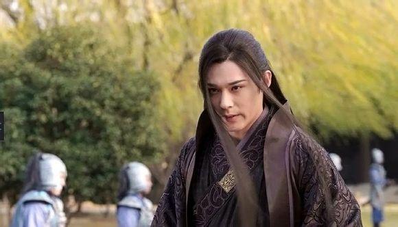 Fan Trung lại phát sốt vì nhan sắc của Lan Lăng Vương xinh gái 5