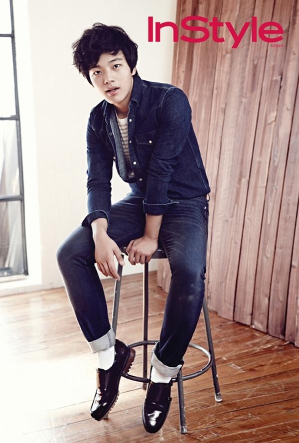 Sao trẻ xứ Hàn tài năng nhất thay đàn anh đóng phim trăm tỷ 5