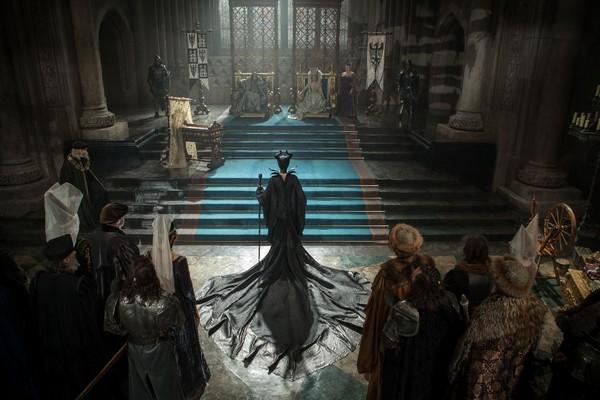 """10 bất ngờ chưa từng bật mí của """"Tiên Hắc Ám"""" Maleficent 3"""