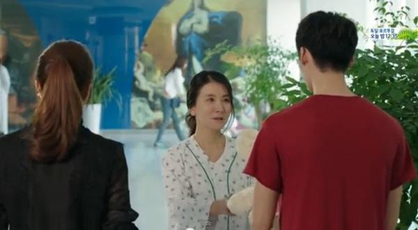 Soo Hyun (Kang Sora) khóc nức nở vì phải lòng Park Hoon (Lee Jong Suk) 5