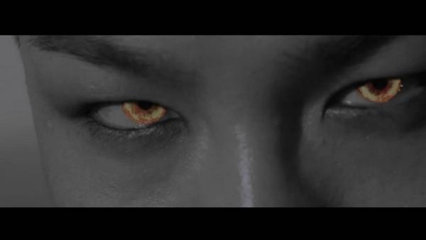 Taeyang tập tạ, khoe cơ bắp trong clip nhá hàng 4