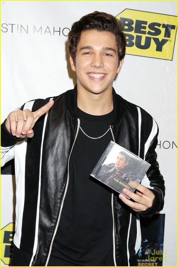 """Austin Mahone: """"Fan sợ tôi sẽ như Justin hoặc Miley"""" 1"""