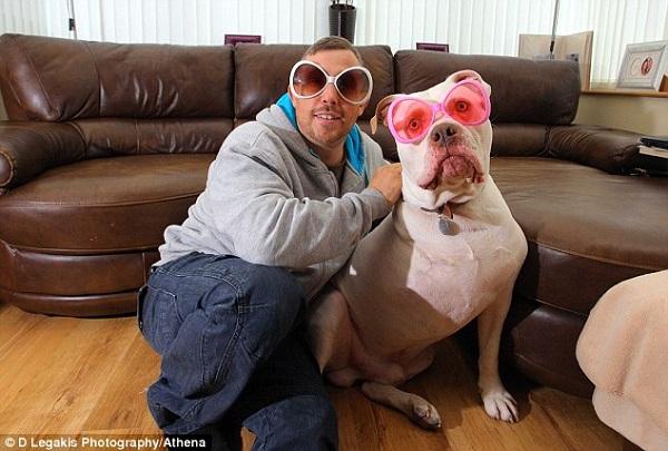 Hoãn tuần trăng mật 12.000 đôla để chữa bệnh cho cún cưng 3