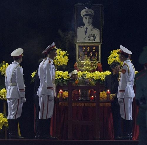 10 ngày tang lễ lịch sử của Đại tướng Võ Nguyên Giáp qua ảnh 13