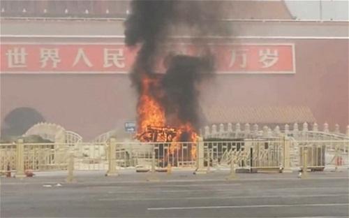 Toàn cảnh vụ lao xe chết người ở Thiên An Môn 4