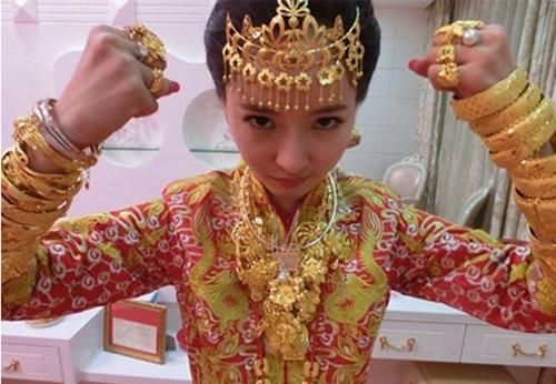 Những siêu đám cưới gây choáng nửa đầu tháng 10 ở Trung Quốc 1