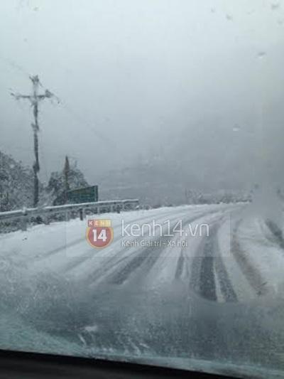 Chùm ảnh hot: Tuyết rơi dày, phủ trắng Sa Pa 25