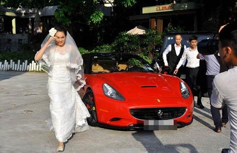 Tròn mắt trước dàn siêu xe rước dâu hoành tráng của đám cưới sao Việt 4