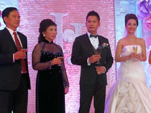 4 mỹ nhân Việt làm dâu trong các gia đình giàu có bậc nhất 10