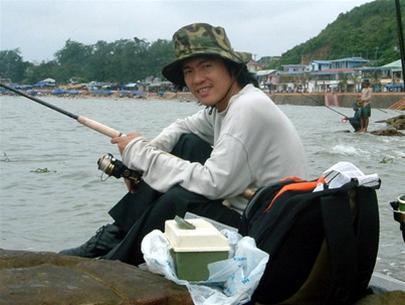 Người nổi tiếng nào đã từng học tại trường THPT Nguyễn Thị Minh Khai? 8