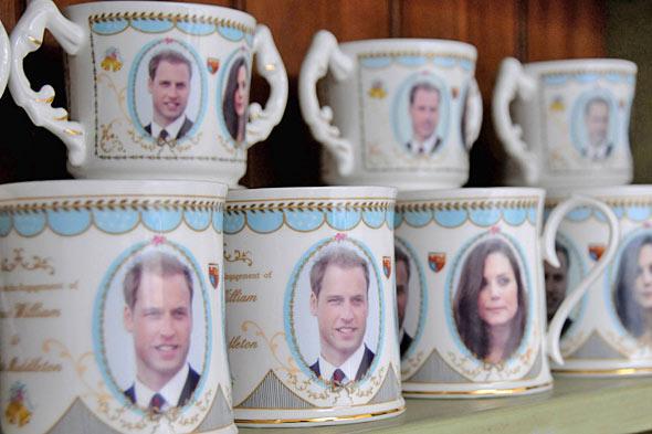 Cả nước Anh nín thở chờ em bé Hoàng gia 10