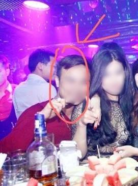 """Cô gái Hà Nội tung clip bạn trai """"đại gia"""" cho người đến tận nhà đòi lại quà 3"""