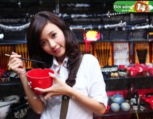 Ngắm hot girl Việt mặc đồng phục giản dị nhưng vẫn cực xinh 25