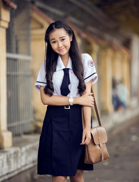 Ngắm hot girl Việt mặc đồng phục giản dị nhưng vẫn cực xinh 30