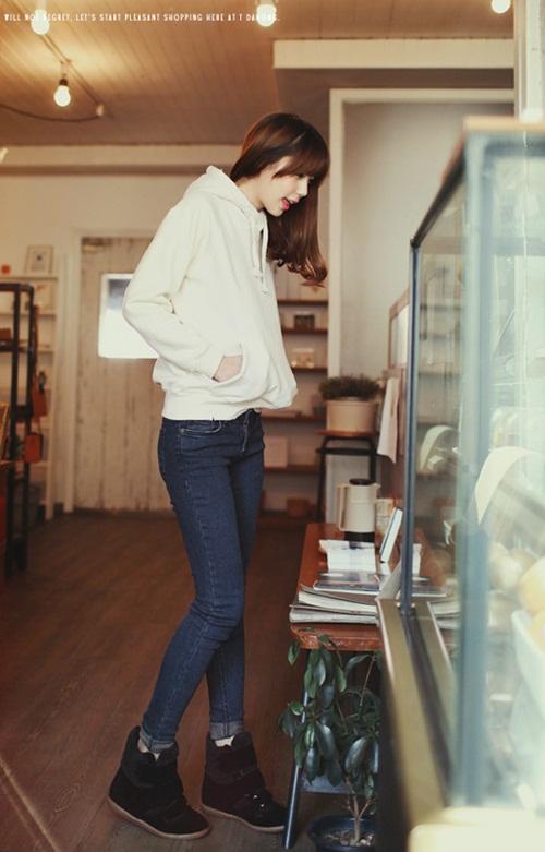 4 cách biến hóa linh hoạt, tiện dụng với áo hoodie 3