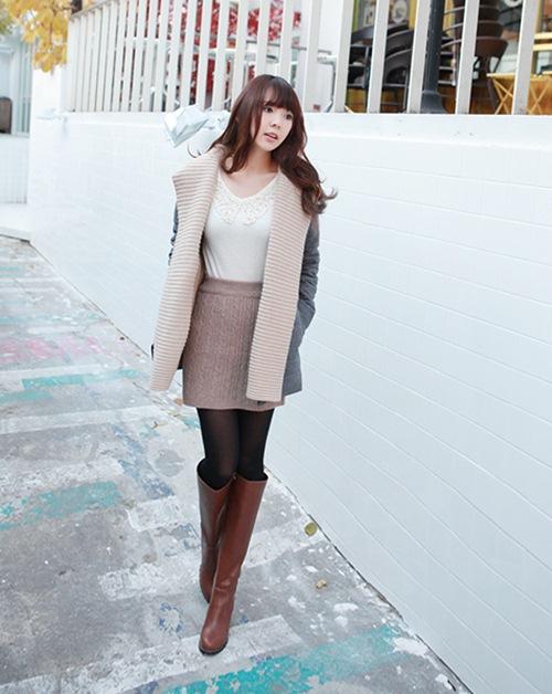 Dạo phố trendy với váy len ngọt ngào  20