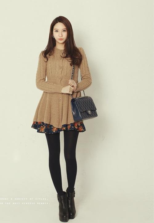Dạo phố trendy với váy len ngọt ngào  2