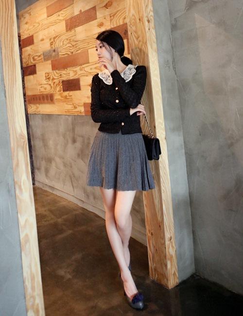 Dạo phố trendy với váy len ngọt ngào  15