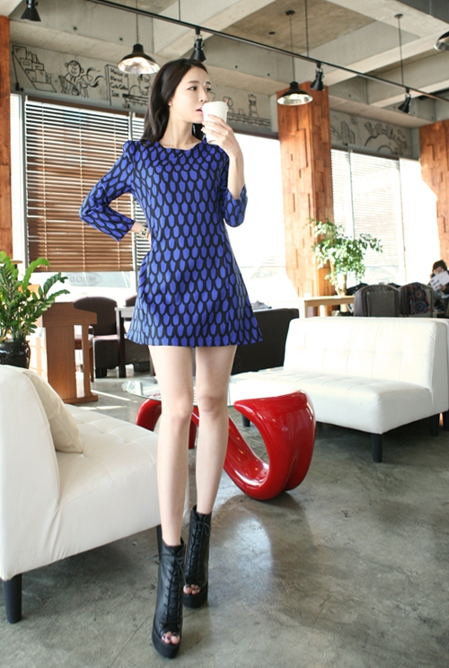 Chọn váy theo xu hướng thời trang thập niên 60s 16