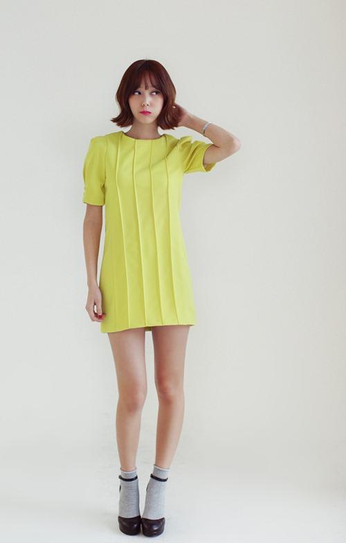 Chọn váy theo xu hướng thời trang thập niên 60s 27