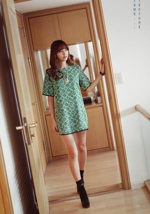 Chọn váy theo xu hướng thời trang thập niên 60s 6
