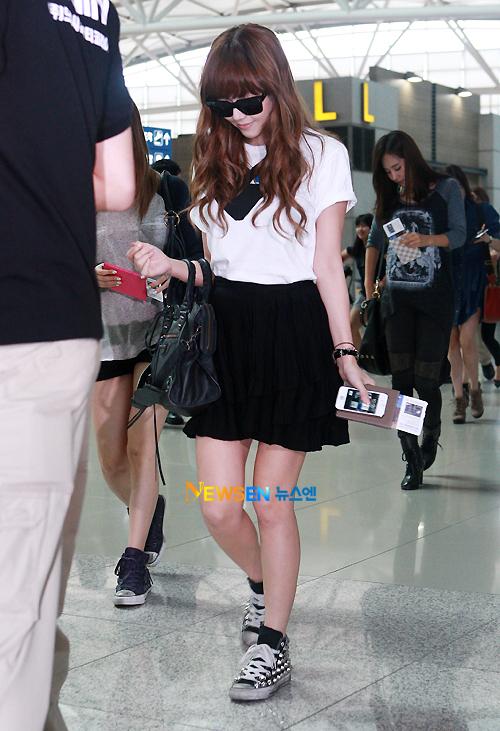 101 kiểu phối đồ cùng giày đế bệt phong cách như Jessica - SNSD 13